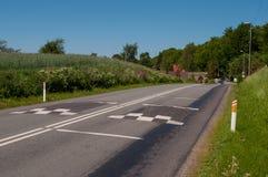 在希勒勒和Allerod之间的路在丹麦 免版税库存图片