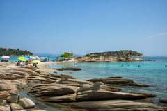 在希腊半岛Sithonia的惊人的Lagonisi海滩 库存照片