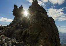 在希腊山的惊人的岩石 免版税库存图片
