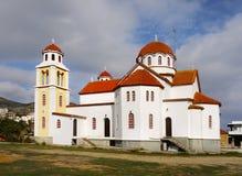 在希腊海岛上的教会 免版税库存照片