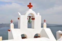 在希腊海岛圣托里尼上的古典希腊语教会 库存图片