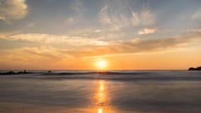 在希腊的萨索斯岛海岛上的日出有充分天空的云彩 库存照片
