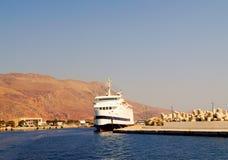 在希腊的远航乘船 免版税库存图片