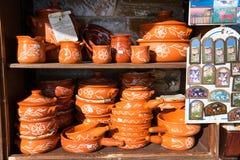 在希腊礼品店,希腊的不同的纪念品 库存照片