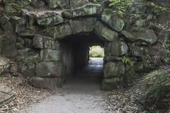 在希顿公园,曼彻斯特的步行者隧道 库存图片