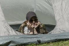 在帐篷的休息 库存照片
