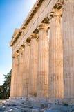 在帕台农神庙雅典卫城考古学Plac附近的细节 免版税图库摄影