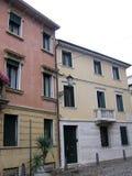在帕多瓦意大利和交通标志欧洲的街道 免版税图库摄影