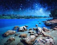 在帕特拉的海岛上的沿海风景 美国航空航天局装备的这个图象的元素 库存照片