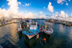 在帕福斯港口停泊的渔船 塞浦路斯 免版税库存图片