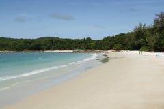 在帽子Sai Kaew海滩的安静的天在酸值Samet在泰国 免版税库存照片