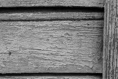 在干燥木墙壁上的老油漆 免版税图库摄影