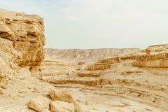 在干燥沙漠的室外夏天风景视图在以色列 库存照片