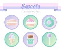 在平的样式设置的甜点象 免版税图库摄影