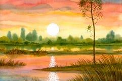 在平静的河日落 库存图片