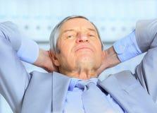 在年龄的生意人 免版税库存照片