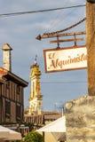 在年龄的酒吧El Alquimista牌,西班牙 库存图片