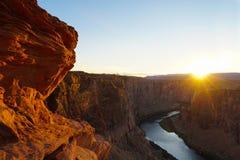 在幽谷峡谷亚利桑那的日落 免版税库存图片