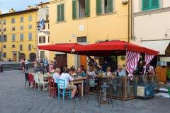 在广场圣斯皮里托的酒吧在佛罗伦萨,意大利 图库摄影