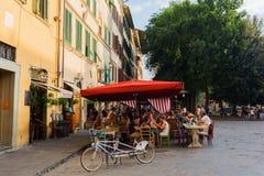 在广场圣斯皮里托的酒吧在佛罗伦萨,意大利 免版税图库摄影
