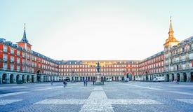 在广场市长的早晨光在马德里,西班牙 免版税图库摄影