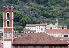 在广场degli scacchi的古老塔在北I的马罗斯蒂卡 免版税库存图片