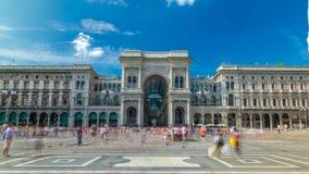 在广场del Duomo大教堂广场的圆顶场所维托里奥Emanuele II timelapse hyperlapse 股票视频