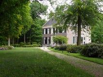 在庄园Gooilust的别墅在` s-Graveland 免版税库存照片