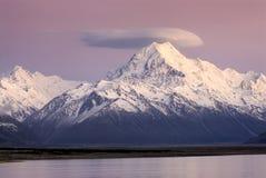 在库克山,新西兰的日出 免版税图库摄影