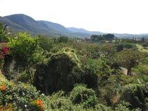 在库埃纳瓦卡墨西哥附近的山 库存照片