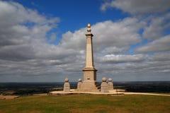 在库姆小山的布尔战争纪念品在Chilterns英国英国 免版税图库摄影