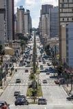 在库里奇巴街道上的交通  免版税库存照片