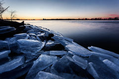 在底特律河的冰块 免版税图库摄影