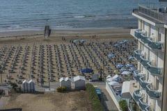 在度假在Lido二耶索洛(对海滩的看法的) 免版税库存图片
