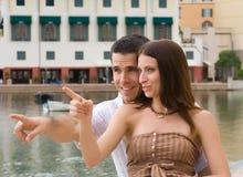 在度假的夫妇 免版税库存图片