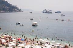 在度假胜地的海滩视图 库存图片