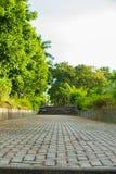 在庭院的Stoneway 免版税图库摄影
