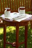 在庭院里放松 免版税图库摄影