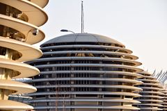在建筑学的抽象线 现代结构的详细资料 库存照片