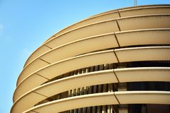 在建筑学的抽象线 现代结构的详细资料 免版税库存图片