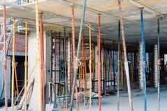 在建筑结构的高视阔步建设中 免版税库存照片