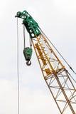 在建造场所的起重机 免版税库存图片