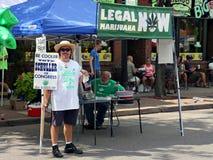 在开放街道的丹尼斯Schuller竞选东北在米尼亚波尼斯 免版税图库摄影