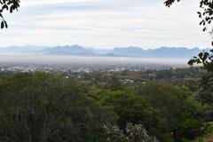 在开普敦的看法从植物园在南非 免版税库存照片