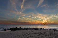 在开普梅点新泽西岸的日落 图库摄影