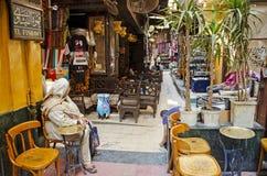 在开罗souk埃及的El fishawy咖啡馆 免版税图库摄影