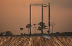 在开门后的风景, 3D 免版税库存照片