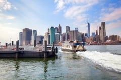 在弗尔顿轮渡在纽约 库存图片