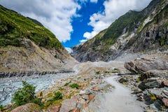 在弗朗兹约瑟夫冰川,新西兰的轨道 免版税库存照片