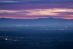在弗莱堡,德国附近的日落 免版税库存图片